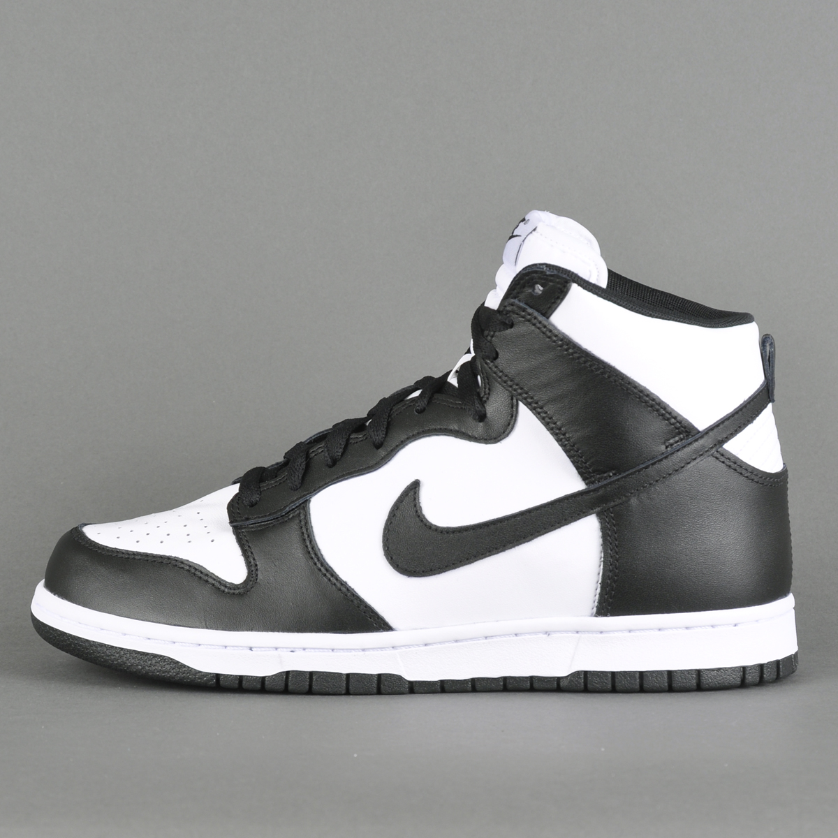 watch 5afb9 66de4 ... cheap nike dunks retro high black 6a987 d24a5