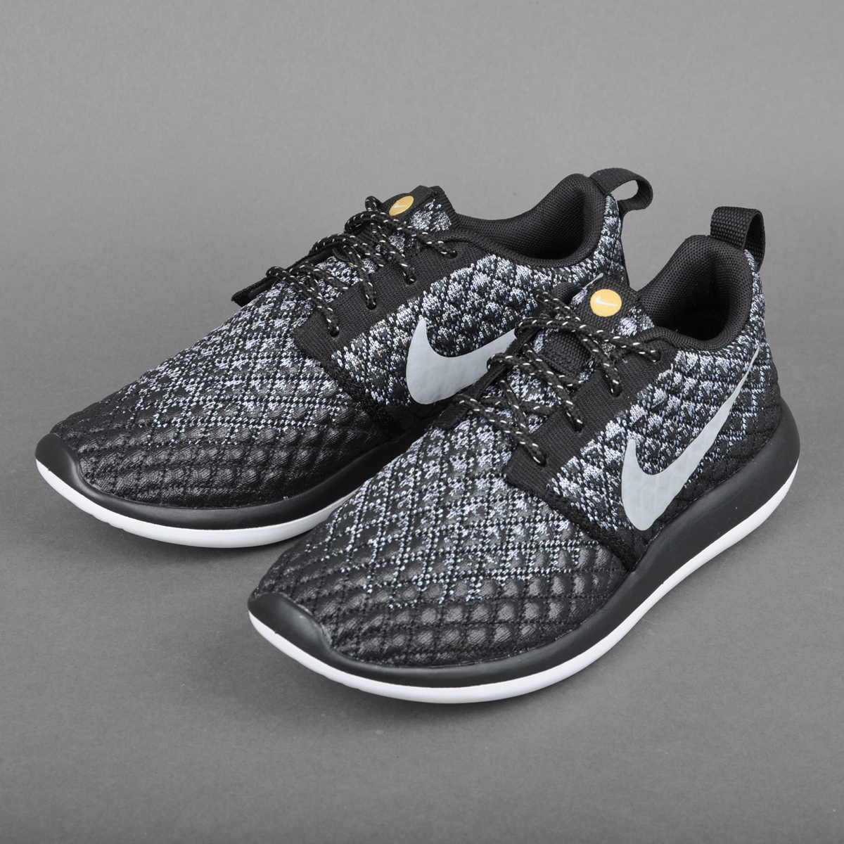 NIKE ROSHE TWO FLYKNIT 365 WOMEN'S WOLF GREY/BLACK